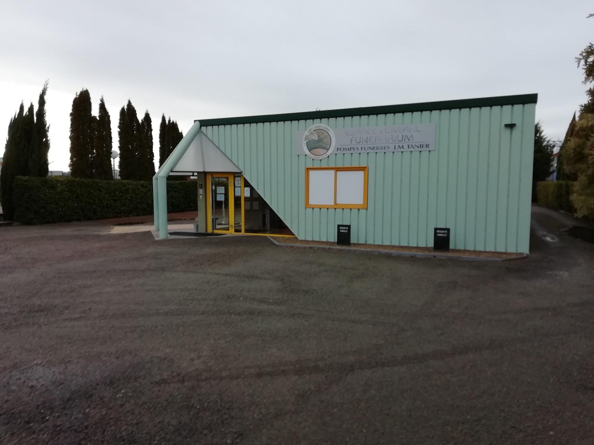 France-Obseques-Agence-Tanier-Tavaux-Facade