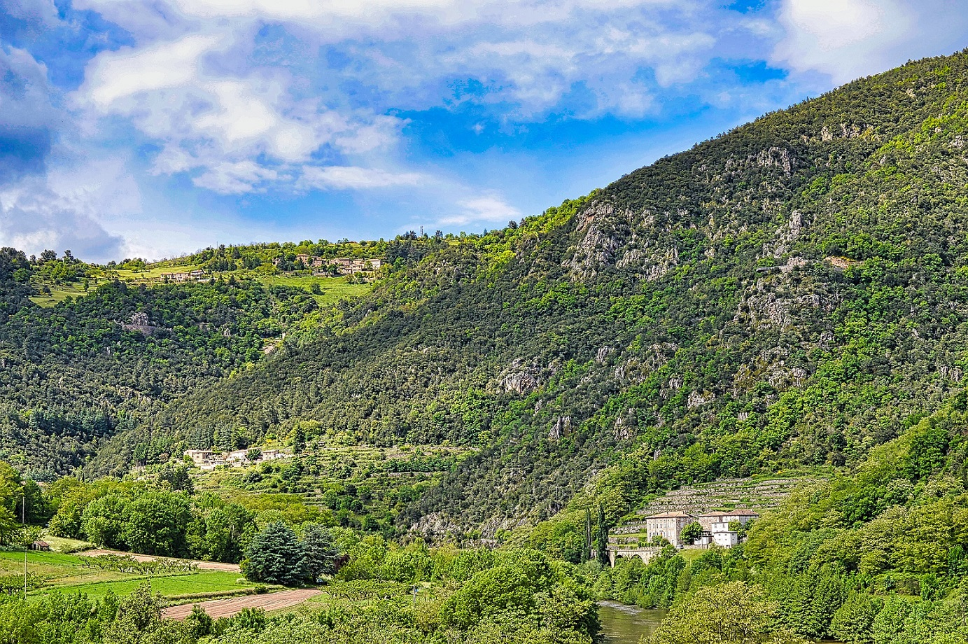 France-Obseques-Agences-Ardeche