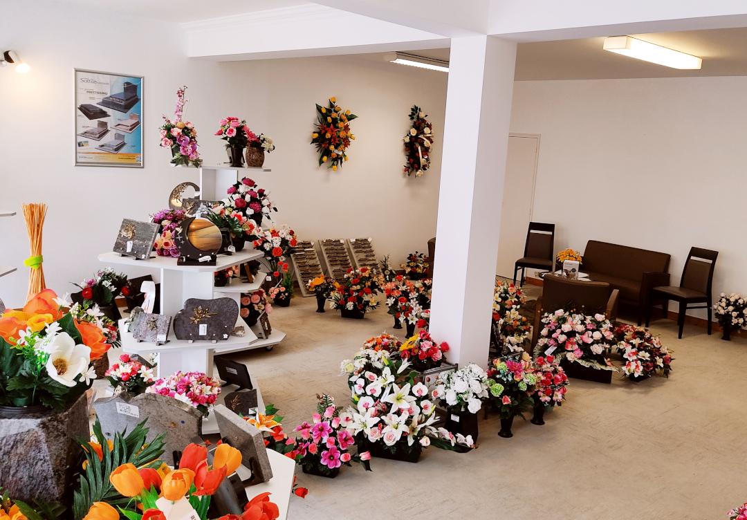 France-Obseques-Pompes-funebres-Bellego-Etel-Articles-funeraires
