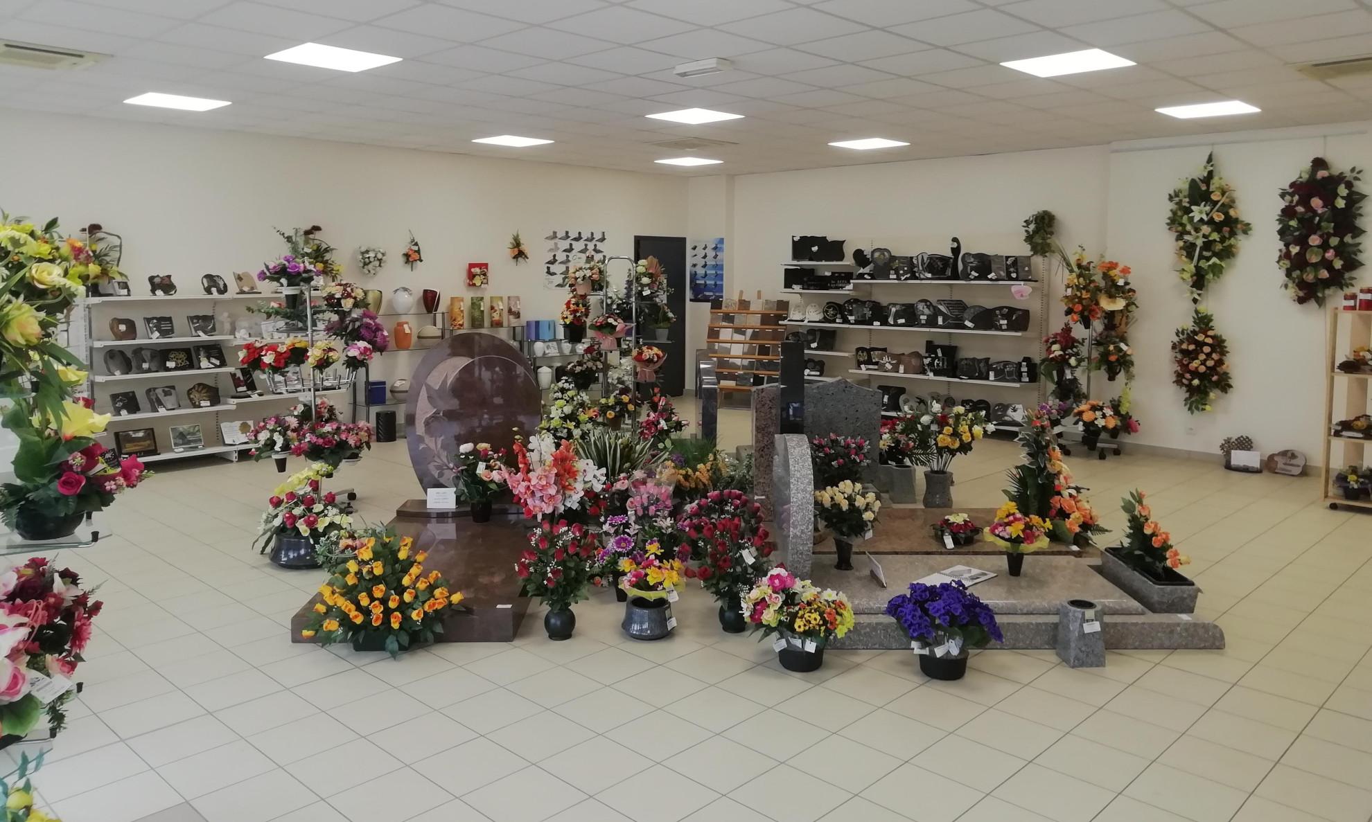 Magasin d'articles funéraires des pompes funèbres Poinsotte à Tonnerre