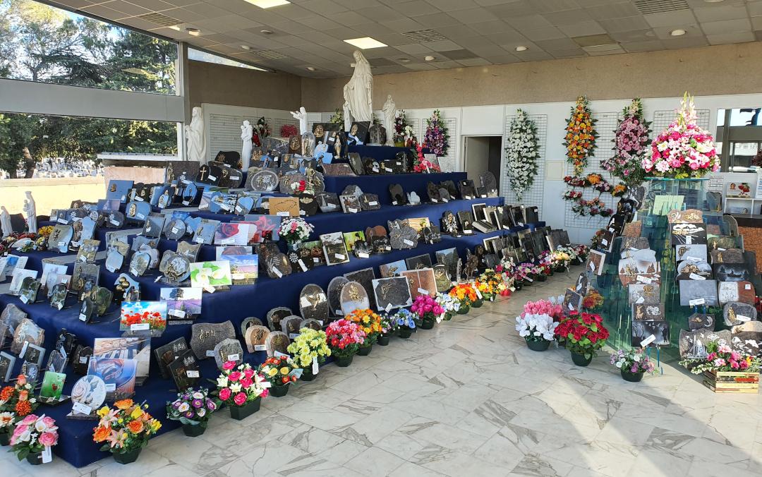 France-Obseques-Pompes-funebres-Sala-articles-funeraires